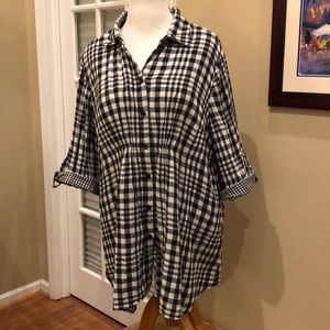 LANE BRYANT Button Front Tunic Size 26-28